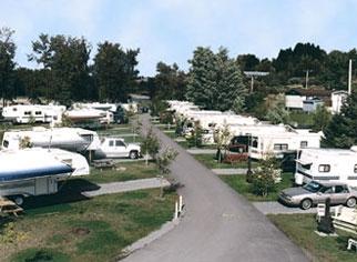 H bergement camping au jardin de mon p re campings for Au jardin de mon pere camping